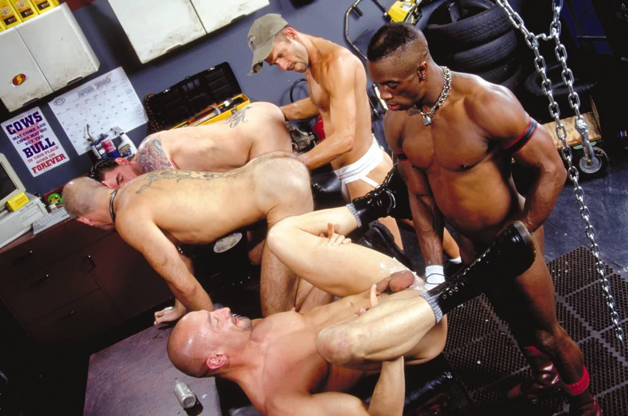 Смотреть порно фистинг парням 24 фотография