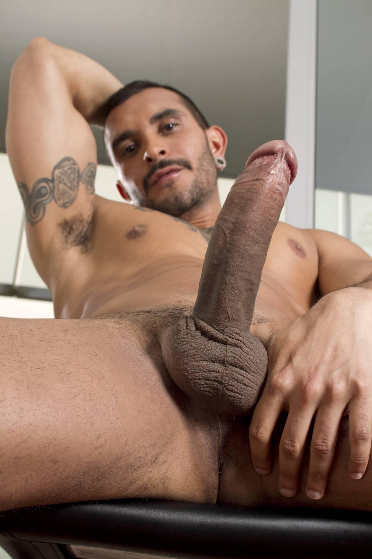 sexo gay argentino lucio saints