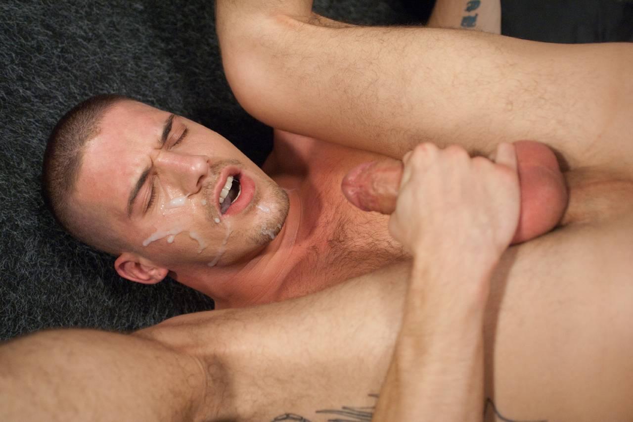 gay on soto cano aur base