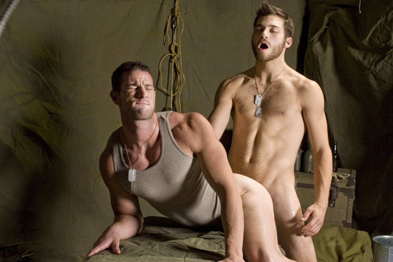 Секс парней в армии 1 фотография